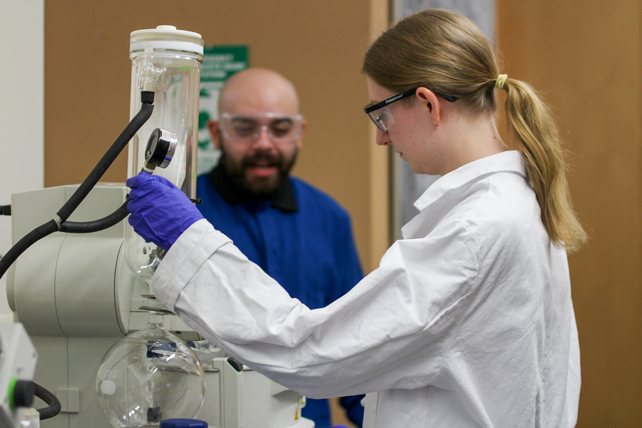 graduate students doing research in the Weix Lab group